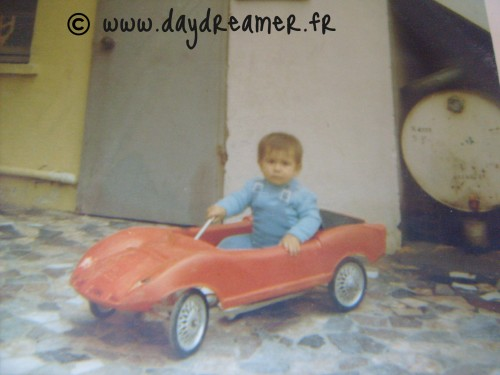 1970 sans volant.jpg